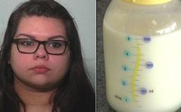 Thấy bình sữa của cháu có màu khác lạ, người bà phát hiện ra kế hoạch tàn độc của con gái và lập tức báo cảnh sát