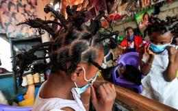 """Trào lưu làm tóc kiểu """"Covid-19"""" thịnh hành ở Đông Phi"""
