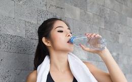 Tập gym mùa nắng nóng, cần lưu ý điều gì?