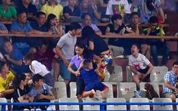 CĐV Nam Định bị phạt tù 4 năm sau vụ bắn pháo hiệu khiến fan nữ bị thương nặng ở sân Hàng Đẫy