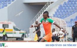 Cầu thủ châu Phi được mời nhập tịch Malaysia đấu ĐT Việt Nam qua... game