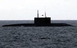 """Tàu ngầm Nga mang tên lửa khiến Tomahawk Mỹ """"chào thua"""" diễn tập vờn nhau trên biển"""