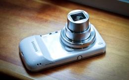 Nhìn lại Galaxy S4 Zoom: Nửa điện thoại, nửa máy ảnh, cộng lại thành thất bại