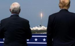 """SpaceX đưa phi hành gia vào vũ trụ, Mỹ sắp thoát cảnh """"quá giang"""" Nga?"""