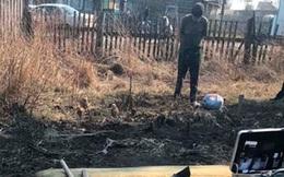 Phát hiện chiếc xe đạp cũ của người chồng mất tích trong sân nhà hàng xóm, vợ báo cảnh sát vạch trần bộ mặt thật của chủ nhân ngôi nhà kia