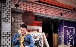 """Nói tiếng địa phương """"đã miệng"""" trên TikTok, hot boy xứ Nghệ bỗng nổi như cồn, clip thu về hơn 4 triệu lượt xem!"""