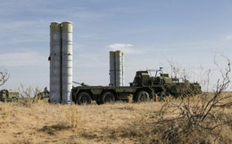 """Israel tiếp tục """"qua mặt"""" S-300 để không kích Syria"""