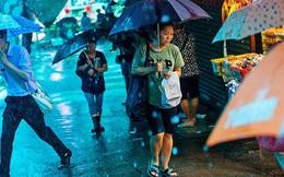 Chìm sâu trong bất ổn xã hội, địa chính trị, liệu Hồng Kông có còn là trung tâm tài chính toàn cầu?