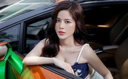 """Cô hàng 9x Phạm Hương sở hữu dàn siêu xe """"khủng"""""""