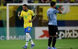 Neymar che mờ Suarez - Cavani, Brazil đại thắng Uruguay