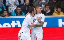 Thắng nghẹt thở, Real Madrid qua mặt Barca