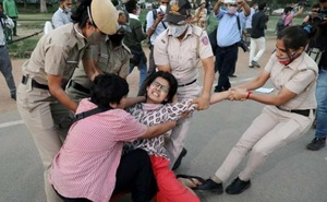 Ấn Độ: Bỏ nhà ra đi, cô gái bị bắt làm nô lệ tình dục suốt 22 ngày