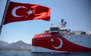 """S-400 Thổ Nhĩ Kỳ """"so tài"""" S-300 Hy Lạp, Nga """"tọa sơn quan hổ đấu""""?"""