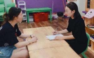 Cô giáo hỏi vay 35 triệu mua đồ dạy học, bà mẹ khéo léo đáp lại 1 câu khiến dân tình phục lăn