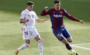 Barca khiếu nại: Chỉ có 6 quả phạt đền vì kéo áo trong 815 trận của VAR