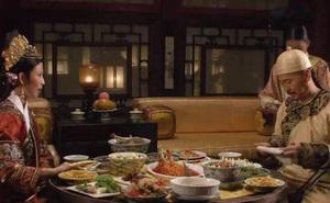 Bày biện hoành tráng nhưng có những món còn chẳng được động đũa, đồ ăn thừa của Hoàng đế triều đại nhà Thanh được xử lý thế nào?