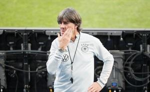 Đức thua 0-6 trước Tây Ban Nha, HLV Joachim Low bào chữa thế nào?