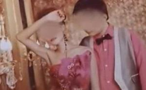 Cướp ập đến nhà, chồng bất lực nhìn vợ bị cưỡng bức tập thể để rồi cả hai cùng mất mạng, chẳng ngờ bi kịch bắt nguồn từ bức ảnh cưới
