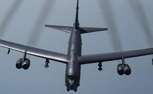 """Mỹ bất ngờ đưa """"pháo đài"""" B-52 đến Trung Đông dù vừa tuyên bố rút quân"""