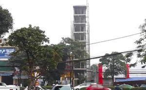 """Căn nhà tầng cao """"chót vót"""" đang xây giữa thành phố Vinh vướng nhiều sai phạm"""