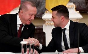 """Thổ-Ukraine """"đi đêm"""" ở Biển Đen, Nga tin người dễ bị """"đâm sau lưng""""?"""