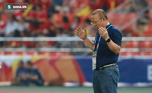 """HLV Việt phản bác lại lời than thở """"V.League chuộng tiền đạo ngoại"""" của thầy Park"""
