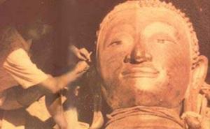 Xe cẩu đứt dây làm bức tượng Phật 5,5 tấn rơi xuống đất - Điều bất ngờ lộ ra khiến người chứng kiến kinh ngạc