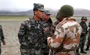 Đại tá Ấn Độ dũng cảm chỉ huy binh sĩ chiến đấu tay bo với lính TQ, quyết không nổ súng