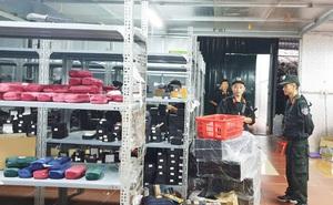 Trần Thành Phú - chủ kho hàng lậu khủng 40 nhân viên chốt đơn vẫn  chưa có mặt để làm việc với cơ quan chức năng