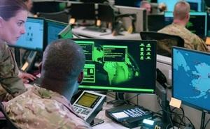 Quân nhân Mỹ bị buộc tội chuyển tài liệu bí mật cho người Nga