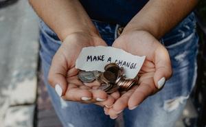 Câu trả lời trúng tim đen: Cho bạn 10 tỷ, bạn có thể vẫn chỉ là một người nghèo!
