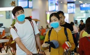 Hà Nội yêu cầu đeo khẩu trang ở những nơi công cộng tập trung đông người để phòng Covid-19