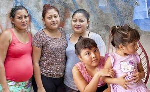 """Câu chuyện về 4 chị em ruột cùng mang bầu, hạnh phúc tưởng không ai sánh bằng nhưng đằng sau là sự thật về ngành công nghiệp """"cho thuê tử cung"""""""
