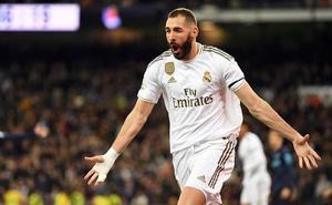 """Từ """"gã hết thời"""" thành người xoa dịu nỗi nhớ Ronaldo, Benzema đã làm như thế nào?"""