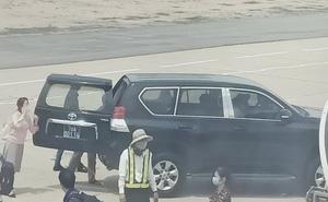 Phú Yên tiết lộ giá trị xe biển xanh đón Phó bí thư sát máy bay