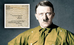 Kỳ lạ bức thư đầy lỗi đánh máy của trùm phát xít Hitler được định giá 7.900 USD!