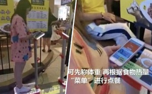 Nhà hàng Trung Quốc bị chỉ trích vì bắt khách cân trước khi gọi món, người béo được phục vụ món khác người gầy