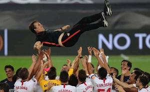 Sevilla ngược dòng thành công, HLV Lopetegui nhắc đi, nhắc lại 1 điều