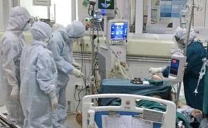 Bệnh nhân Hồng Kông tái nhiễm SARS-CoV-2 sau 4 tháng khỏi bệnh, chuyên gia Việt: Không nên quá hoang mang!