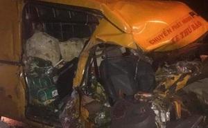 Xe tải tông xe thư báo ở Lâm Đồng, 3 người thương vong
