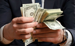 Đổi sức khỏe cho người giàu để có được cả một gia tài, người nghèo nhận lại cái kết ít ai ngờ đến