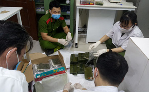 Bị lừa vận chuyển thuê 30kg ma túy, 4 cửu vạn đào hố chôn toàn bộ rồi báo cảnh sát