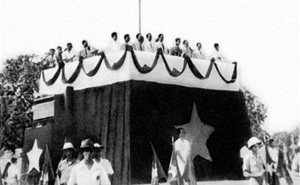 Người vinh dự kéo cờ trong Lễ Tuyên ngôn Độc lập