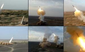 """Iran """"trình làng"""" nhiều thiết bị quân sự mới"""