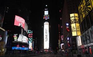 New York thả khối cầu pha lê: Quảng trường Thời đại đón năm 2021 trong khung cảnh chưa từng thấy