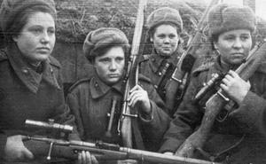 Bất khuất nữ chiến binh Xô Viết trong chiến tranh vệ quốc