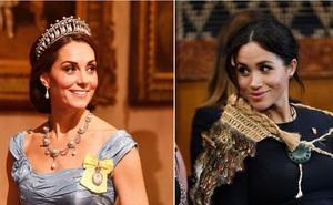Vợ chồng Meghan tặng quà sinh nhật bất ngờ cho Công nương Kate, tưởng dập tan tin đồn bất hòa nhưng phản ứng của Kate còn gây bàn tán hơn