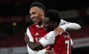 """Aubameyang lập cú đúp, Arsenal """"đại thắng"""" Newcastle"""