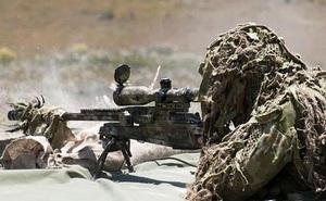 Xạ thủ đặc nhiệm Anh tiêu diệt 5 tay súng IS chỉ bằng một phát bắn