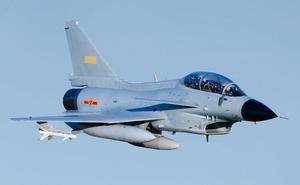 Những loại vũ khí Mỹ, Trung Quốc đang mang ra 'trình diễn' ở Biển Đông
